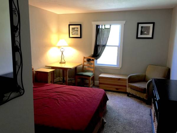 Photo Furnished Bedroom for Male - Month-to-Month - All Included (Sugar House)