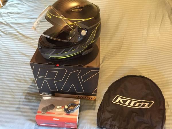 Photo KLIM K1 R Carbon Fiber Motorcycle Helmet with Senna 10R bluetooth - $600 (SALT LAKE CITY)