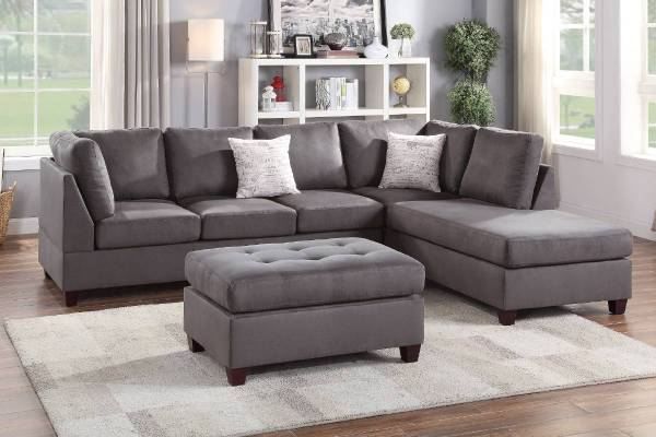 Photo NEW SECTIONAL with OTTOMAN  PILLOWS - NEW IN BOX - $629 (slc warehouse)