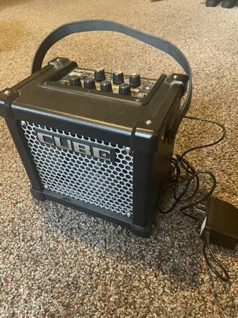 Photo Roland Micro Cube GX 3w Travel Amp - $75 (Salt Lake City)