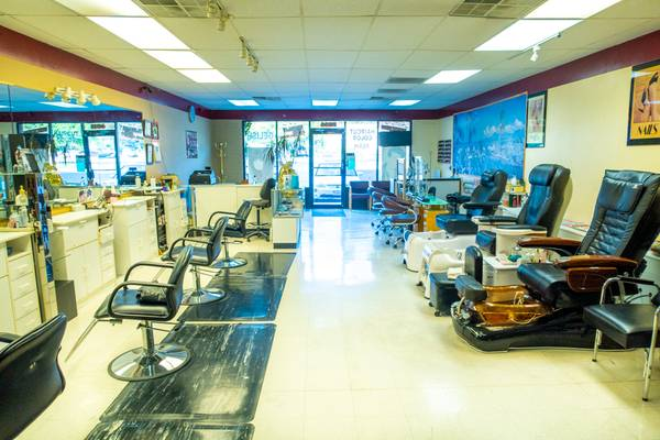 Photo Spacious Salon in Sandy - Hair, Nail, Wax, Massage, Facial - $20,000 (Sandy)