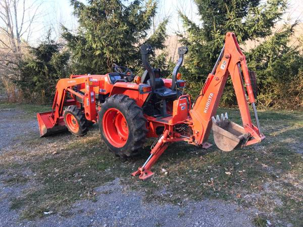 Photo Want to buy John Deere or kubota tractor with loader and backhoe (Salt lake)(anywhere)