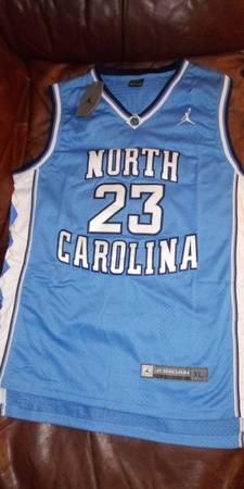 Photo retro Michael Jordan jersey - $60 (Holladay)