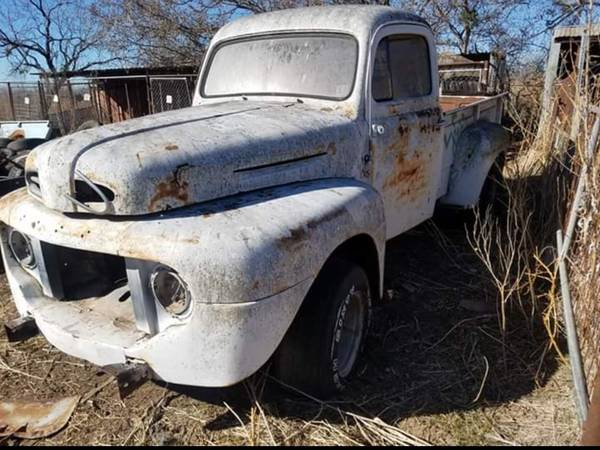 Photo 1950 Ford F2 - $2200