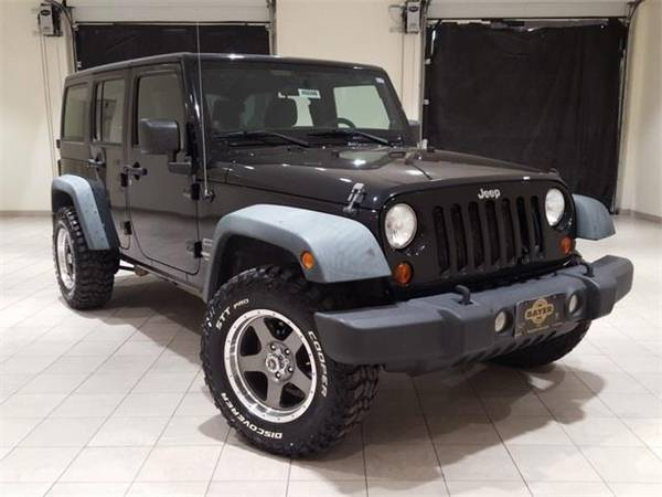 Photo 2011 Jeep Wrangler Unlimited Sport - SUV - $19900 (Jeep Wrangler Black Clearcoat)