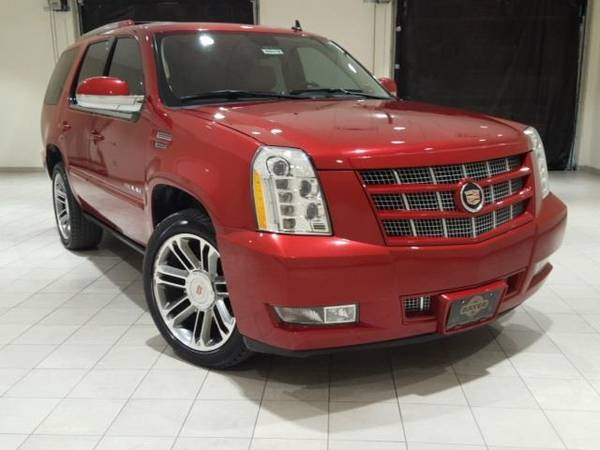 Photo 2013 Cadillac Escalade Premium - SUV - $26600 (Cadillac Escalade Crystal Red Tintcoat)