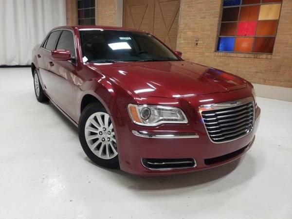 Photo 2014 Chrysler 300 Base - sedan - $12995 (Chrysler 300 Deep Cherry Red Crystal)