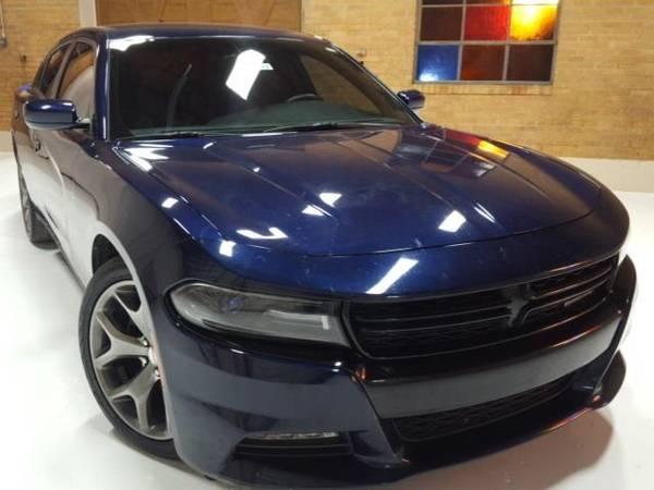 Photo 2015 Dodge Charger SXT - sedan - $17700 (Dodge Charger B5 Blue Pearl Coat)