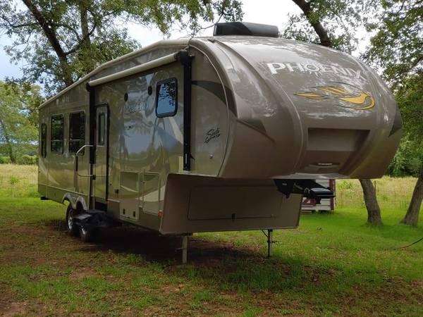 Photo 2016 Phoenix RV FOR SALE - $35,000 (Paige Texas)