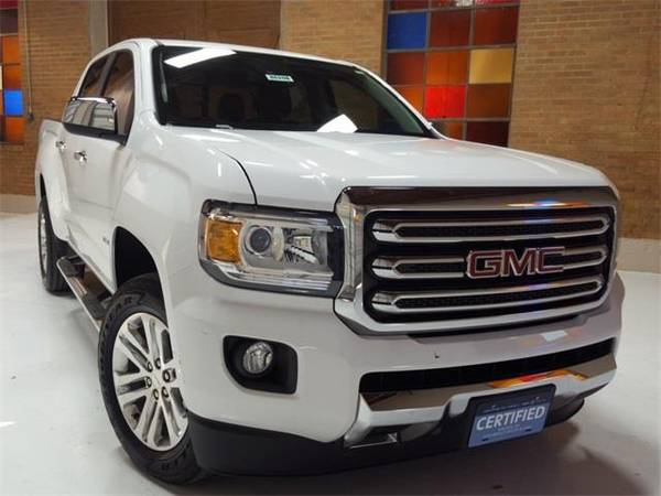 Photo 2018 GMC Canyon SLT - truck - $28690 (GMC Canyon Summit White)