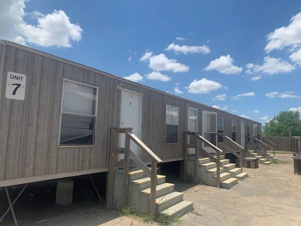 Photo 4br 4 bath Mobile Housing Units great for oil field (Delivery Available)