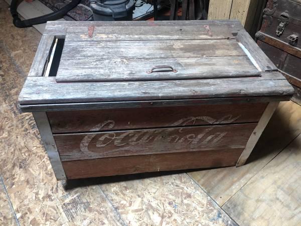 Photo Coca Cola Cooler Box