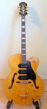 Photo Epiphone Zephyr Blues Deluxe Hollow Big Body Electric Guitar w Case - $1,100 (Oak Hill)