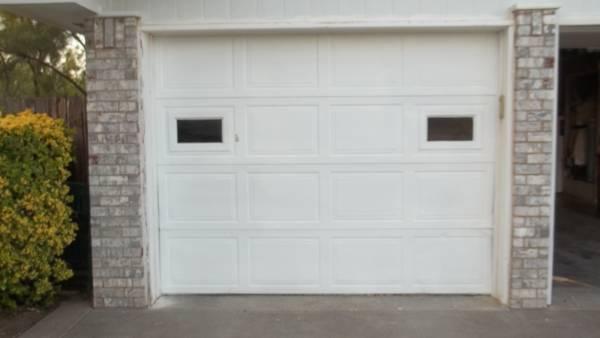 Photo Garage Doors - $225 (San Angelo, TX)