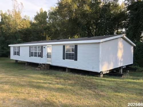 Photo Reduced- Used double wide 32 mobile for sale (San Antonio)
