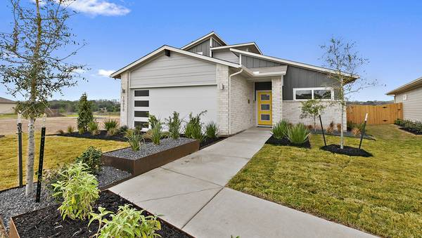 Photo Single Story 1500 sq ft New Home Construction (Pioneer Crossing)