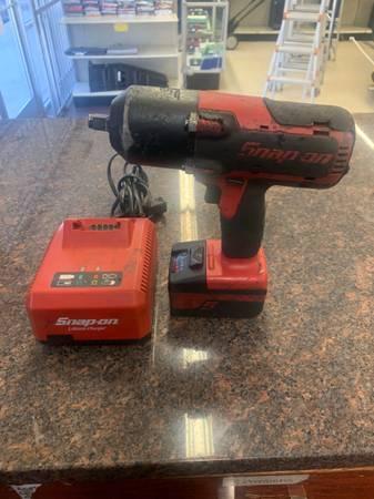 Photo SnapOn impact Wrench - $300 (Austin)