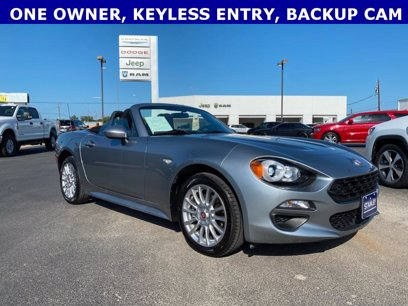 Photo Used 2017 FIAT 124 Spider Classica for sale