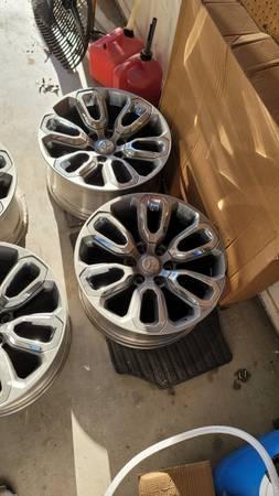 Photo Wheels for sale - $600 (San angelo)
