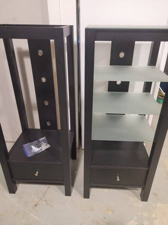 Photo Wood and glass shelves - $75 (Deer Valley, TX)