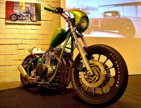 Photo 1980 Kawasaki Z1 - $7,500 (San Antonio)