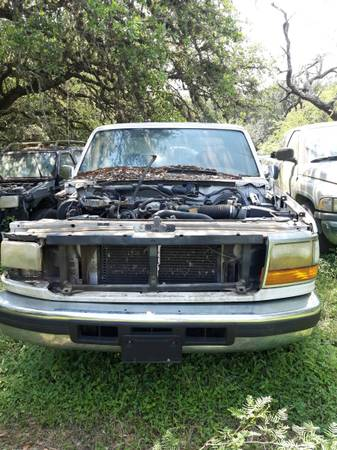 Photo 1996 Ford F150 - All or Parts (New Braunfels)