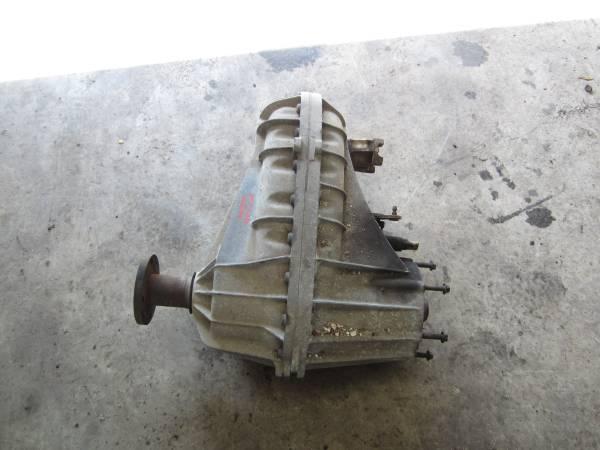 Photo 1996 - 1997 F250 F350 Borg Warner 4407 4x4 Transfer Case - $400 (Bulverde)