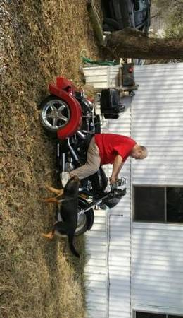 Photo 2002 Honda shadow with trike kit - $4,500 (Highland hills)