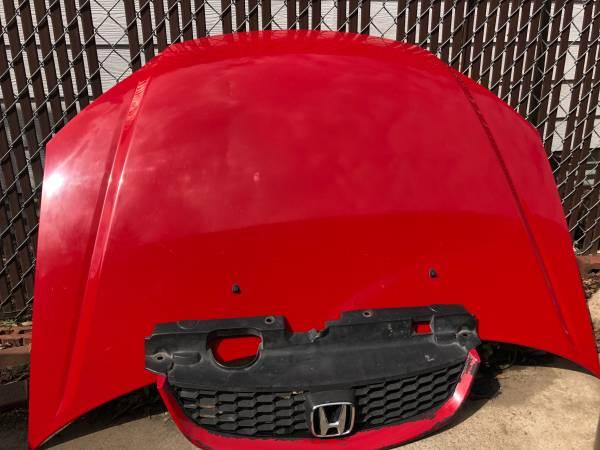 Photo 2004 Honda Civic Parts - $60 (San Antonio)
