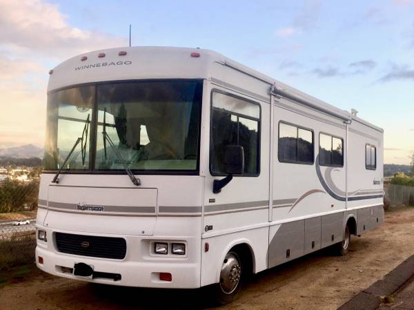 Photo 2004 Winnebago Sightseer - $13,000 (San Antonio Spring Branch)