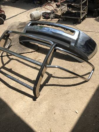 Photo 2008 Dodge Ram 1500 Front Chrome Bumper and Grill Guard - $250 (1604 Oconnor)