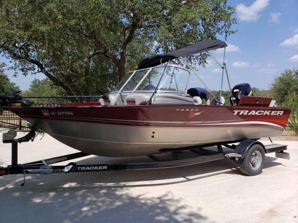 Photo 2012 V-18 Targa Tracker boat for sale - $18,250 (Blanco)