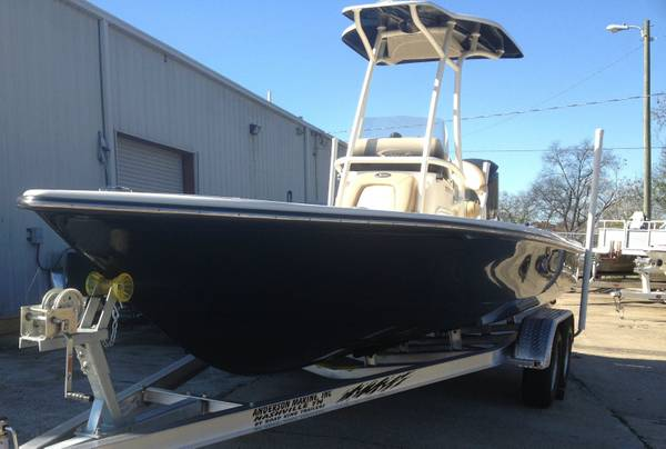 Photo 2013 Scout 221 Winyah Bay Center console Fishing boat with Yamaha F250 - $32,400
