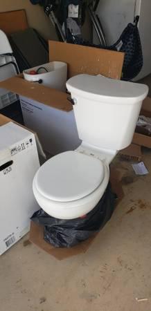 Photo 3 American Standard Toilets (Floresville)