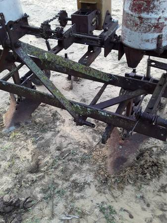Photo 3 point 2 roll plow  dirt buster - $320 (somerset)
