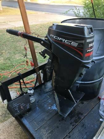 Photo 9.9 Mercury Outboard - $900 (San Antonio)