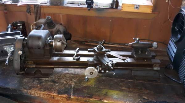 Photo Antique Craftsman metal lathe - $500 (Blanco)