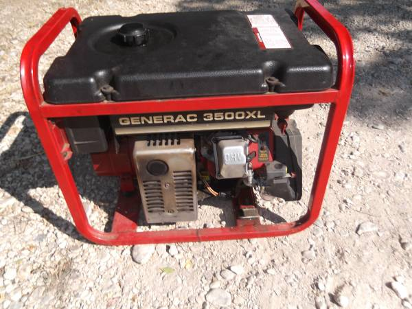 Photo Generac 3500XL 3500 Watt Portable Generator 120240 Volt - $150 (Center Point)