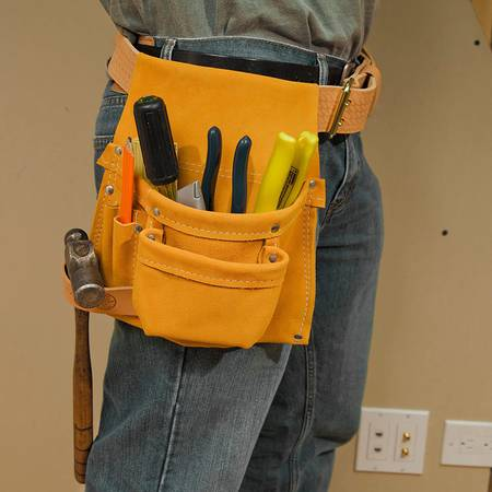 Photo NEW NEVER USED - Klein Tools 42245 Right-Hand Nail and Tool Pouch - $25 (San Antonio)