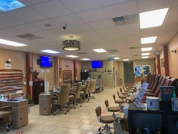 Photo Nail salon in SAN ANTONIO for sale - $60,000 (281 north near 1604)