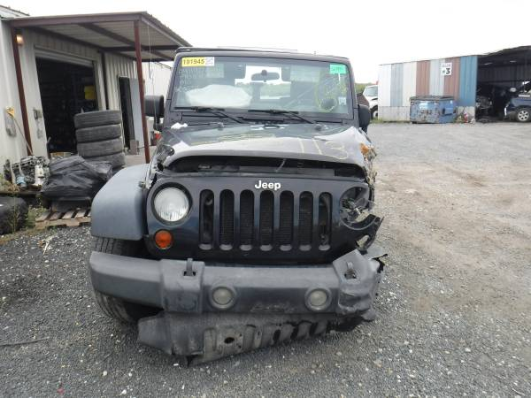 Photo PARTING OUT 2009 Jeep Wrangler x 4X4 (SAN ANTONIO)
