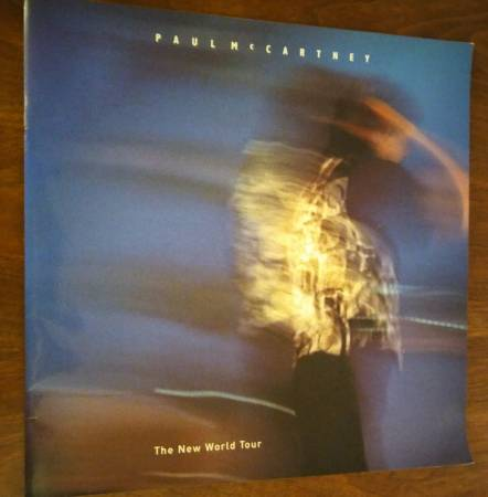 Photo Paul McCartney The New World Tour - Concert Book 2 - $15 (North Central San Antonio)