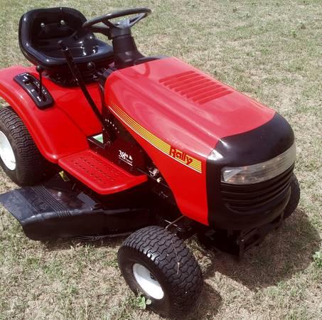 Photo Rally Riding Lawn Mower - $695 (East San Antonio Adkins)