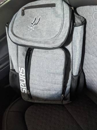 Photo Spurs back pack - $30 (San antonio)