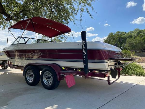 Photo Tige-2200I Inboard ski boat - $14,200 (Canyon Lake)