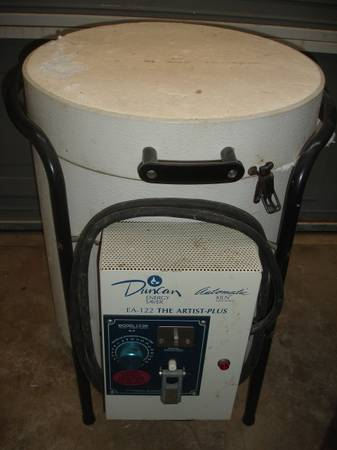 Photo Used DUNCAN Kiln EA-122 and Ceramic Molds Set - Arts and Crafts - $555 (Schertz)