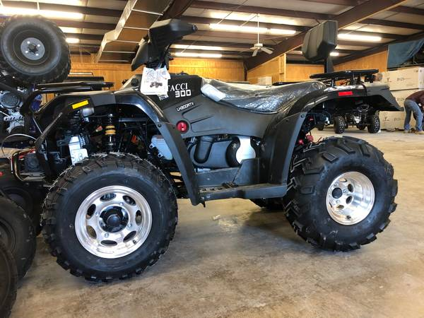 Photo Winter Specials Four wheelers, go karts, golf carts and MORE - $899 (San Antonio Can deliver  Finanace)
