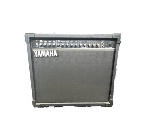 Photo Yamaha Guitar Amplifier Combo - $250 (Live Oak)