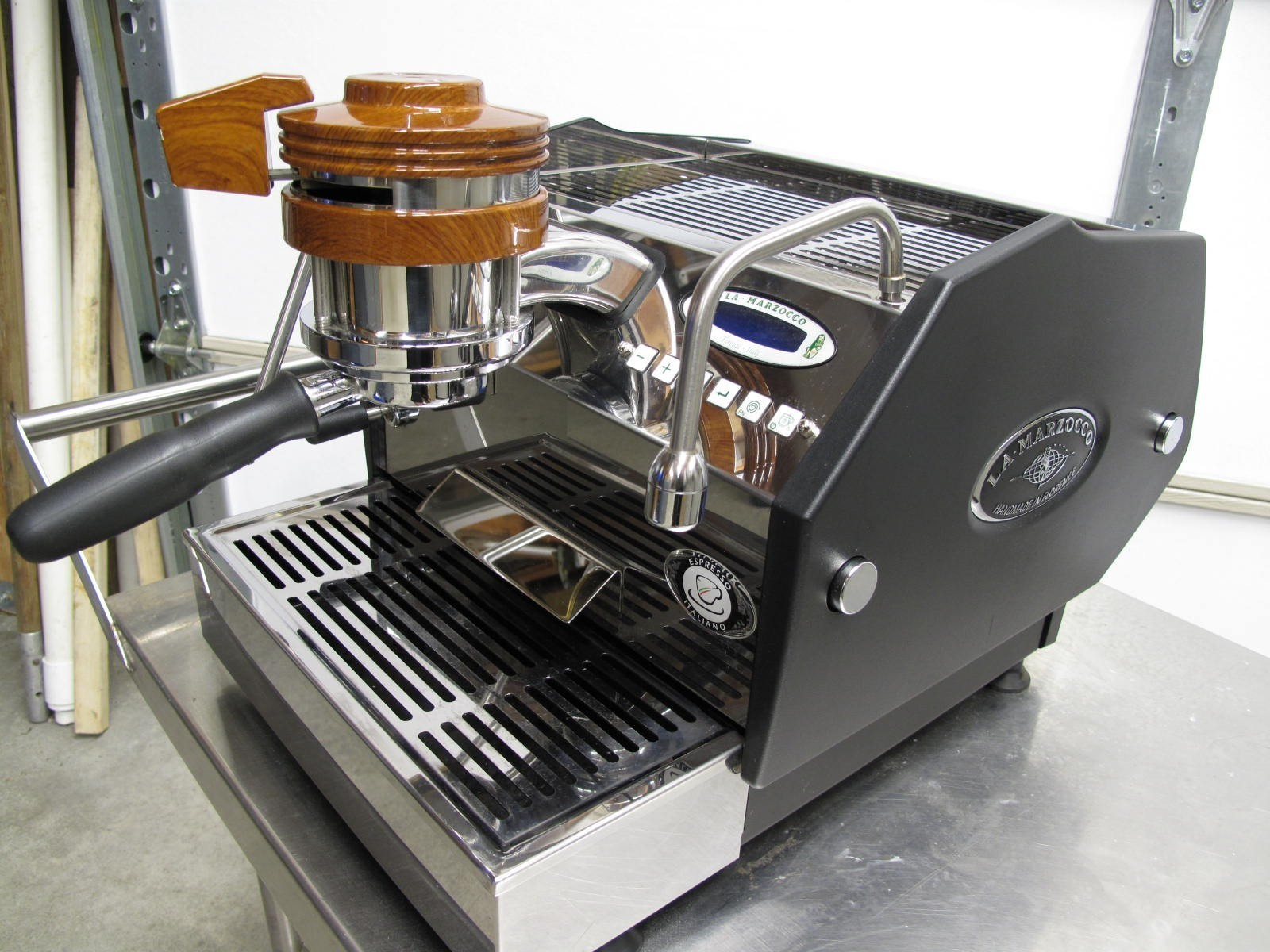 Photo La Marzocco GS3 MP Espresso Machine