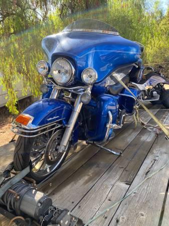 Photo 07 Ultra Classic Harley Davidson Low Miles - $8,700 (El Cajon)